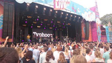Typhoon bij Breda Live