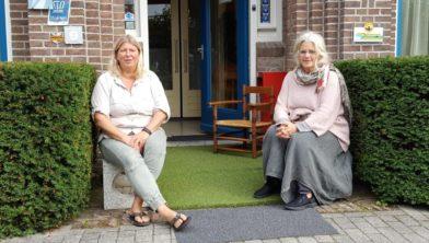 Inge Schultze (l) en Marlies Pastoor.