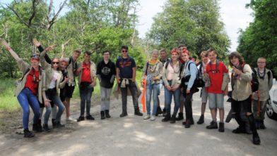 Scouts in de bossen bij Lauwersoog