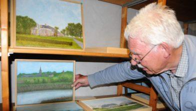 Piet Dijkenga in zijn atelier