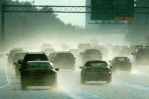 rijdenin regen woodleywonderworks  Foter  CC BY