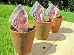 Images_of_Money Foter  CC BY