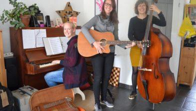 Van links naar rechts Lotte Koolhof, Aïsha Slot en Leonoor Colenbrander.