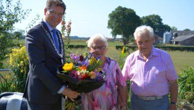 Bloemen van de burgemeester.