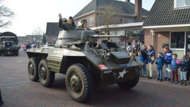 Geen legervoertuigen op 8 april.