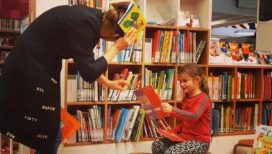 Boekenzoeker in actie.