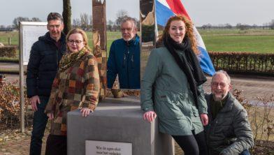 Comité Venster van de Vrijheid: Theo Boer, Gerda Boer-Huisjes, Carine Pol, Martin van den Hof, Johan Jonkman.