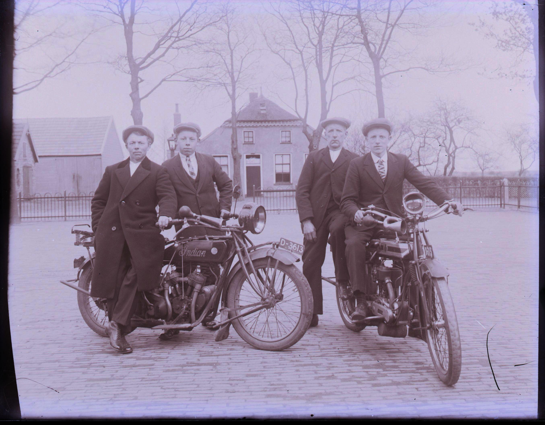 Afbeeldingsresultaat voor tandem bicycle