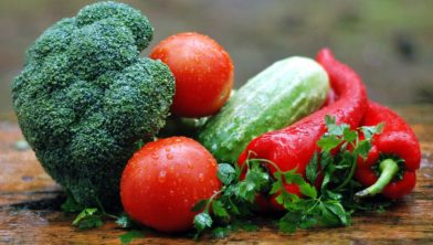 Koken met verse groenten.