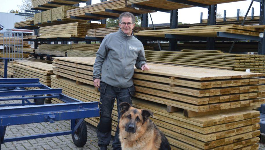 Wouter Wevers met zijn hond Skiff.