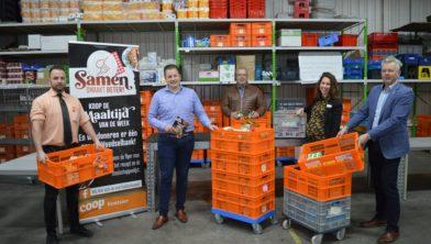 De Coopfamilie Koetsier in actie voor de Voedselbank.