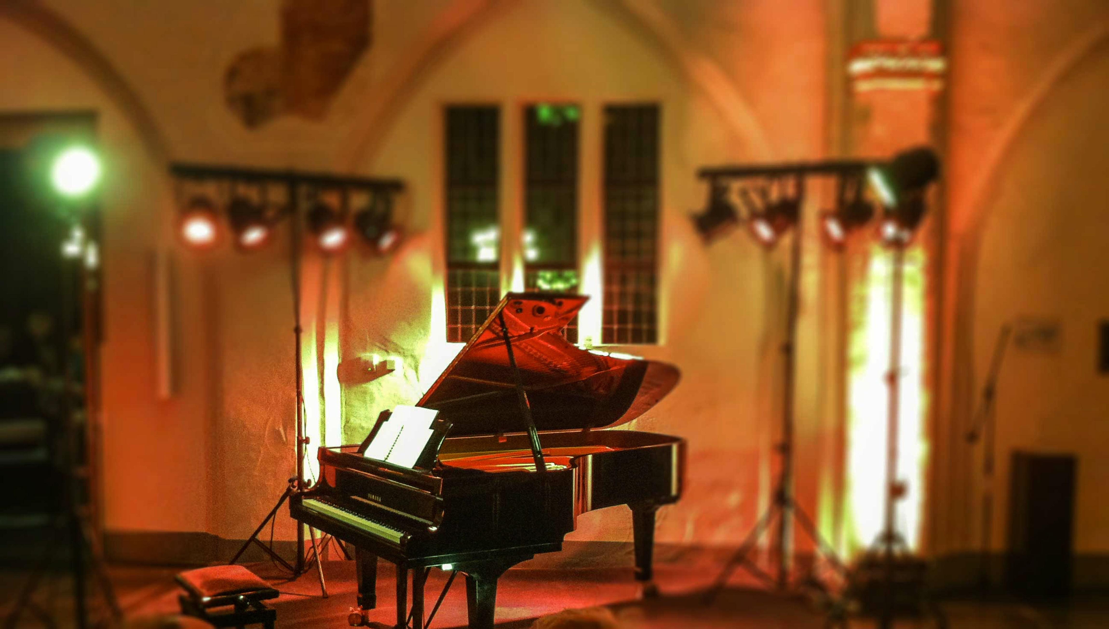 Gasthuiskerk Doesburg vleugel met podiumverlichting