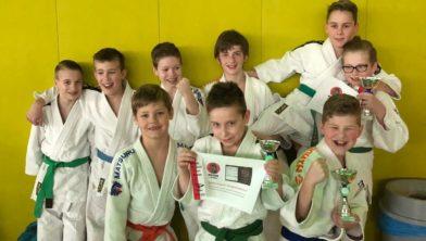 Mooie groep van Judoclub Made in actie op het Groot Houten Judotoernooi.