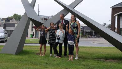 Het team van GoClean met burgemeester Rik de Lange.