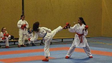 Strijd om de jaarlijkse clubtitels bij Karateschool Fightin' Nabil
