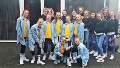 Dance crew van DOK